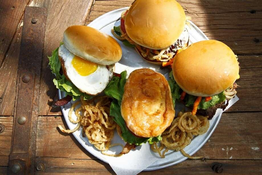 Hamburgers - No. 1 Photo: ( Michael Paulsen / Houston Chronicle )