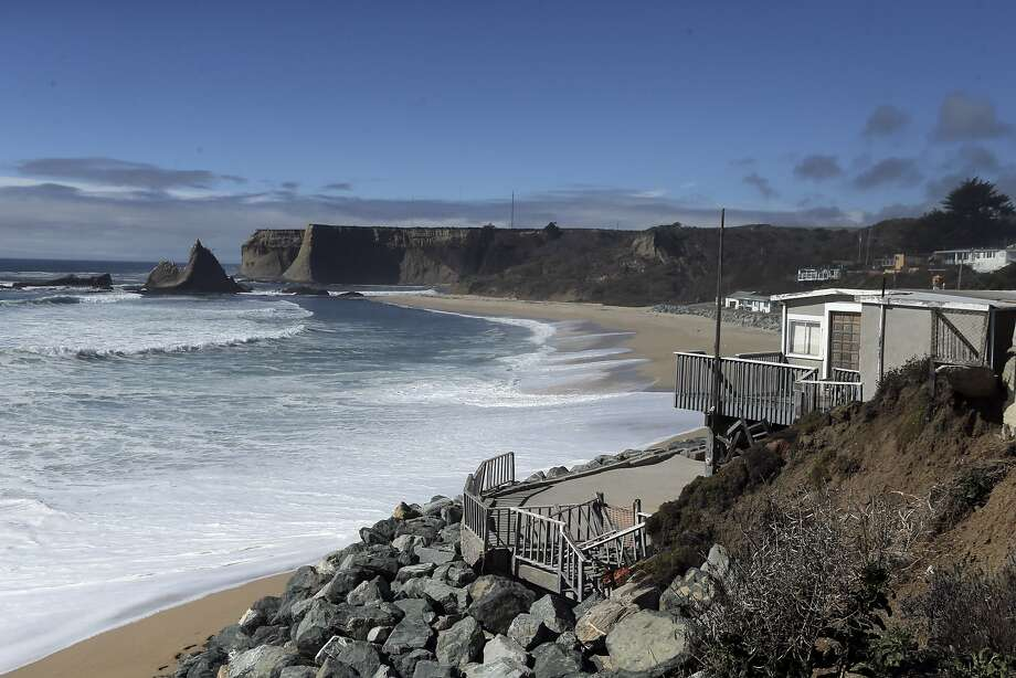 A view of the unused beach and community at Martin's Beach in San Mateo County, Calif., on Wednesday, September 24, 2014. A judge ruled on Wednesday, that property owner Vinod Khosla has to reopen the road that provides public access to the public beach. Photo: Carlos Avila Gonzalez, The Chronicle