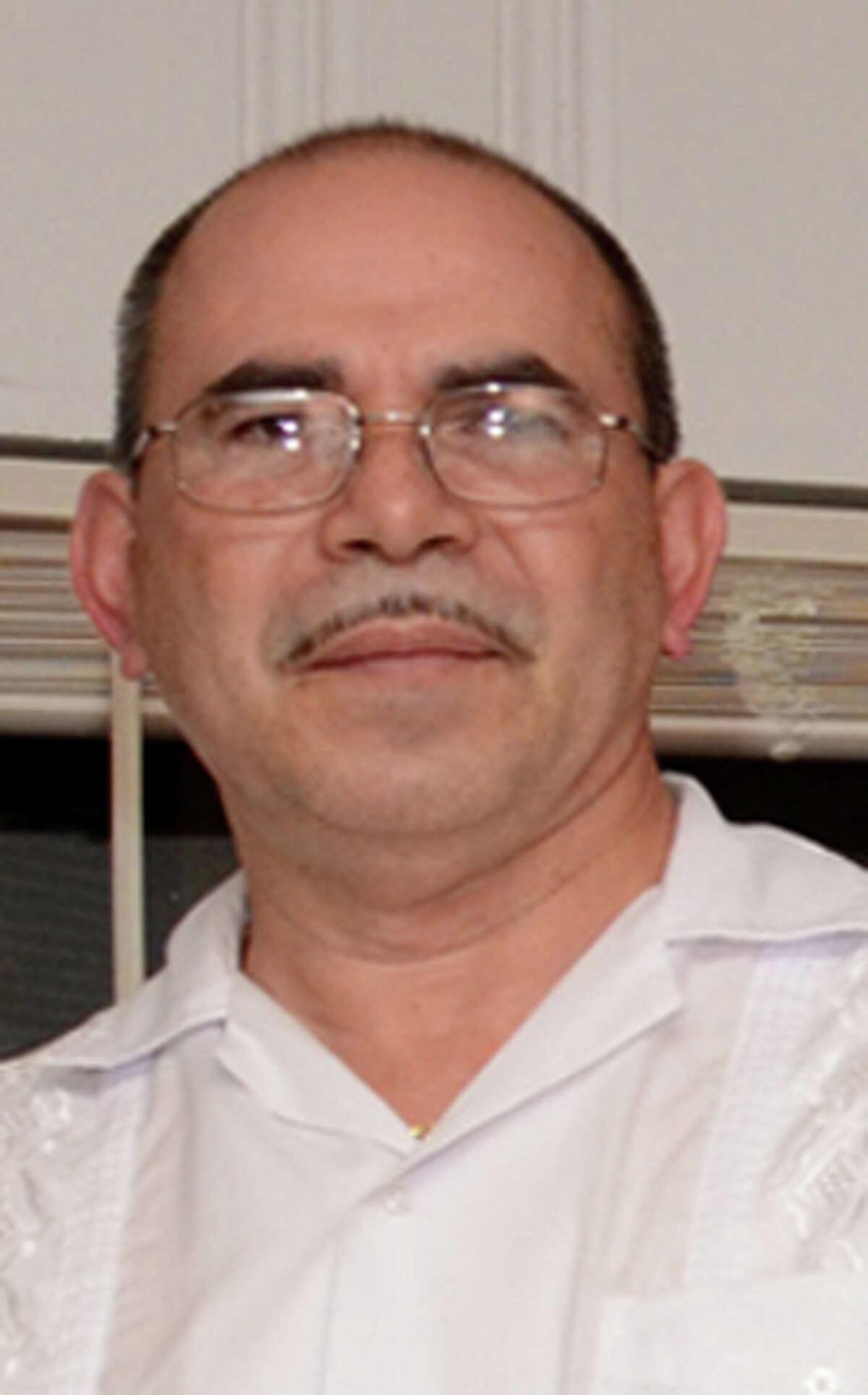 Americo Santiago.