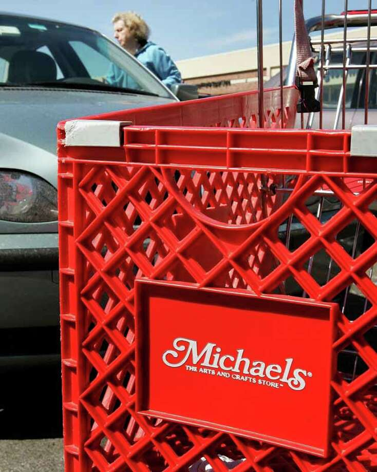 After a strategic review, Michaels Cos. announced plans to close its small-format Aarons Brothers stores and open the division specializing in custom framing inside Michaels stores.See other Houston-area stores expected to close this year. Photo: Tim Boyle, Houston Chronicle And Getty Images / 2006 Getty Images