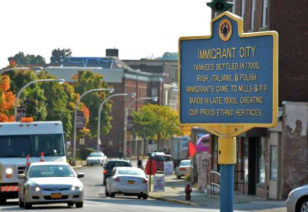 Historic marker on Main Street in Mechanicville Friday, Oct. 5, 2012.  (John Carl D'Annibale / Times Union archive) Photo: John Carl D'Annibale / 00019535A