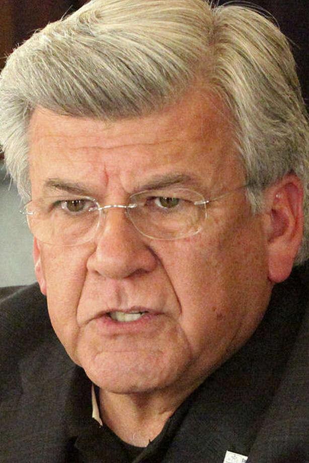 SAWS Chairman Berto Guerra says a delay may increase costs. / San Antonio Express-News