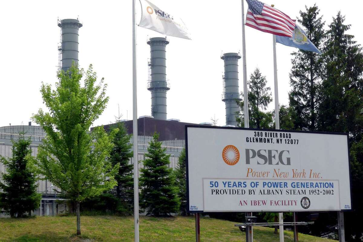 The PSEG Power New York Inc. plant in Glenmont NY Friday July 13, 2012. (Michael P. Farrell/Times Union)