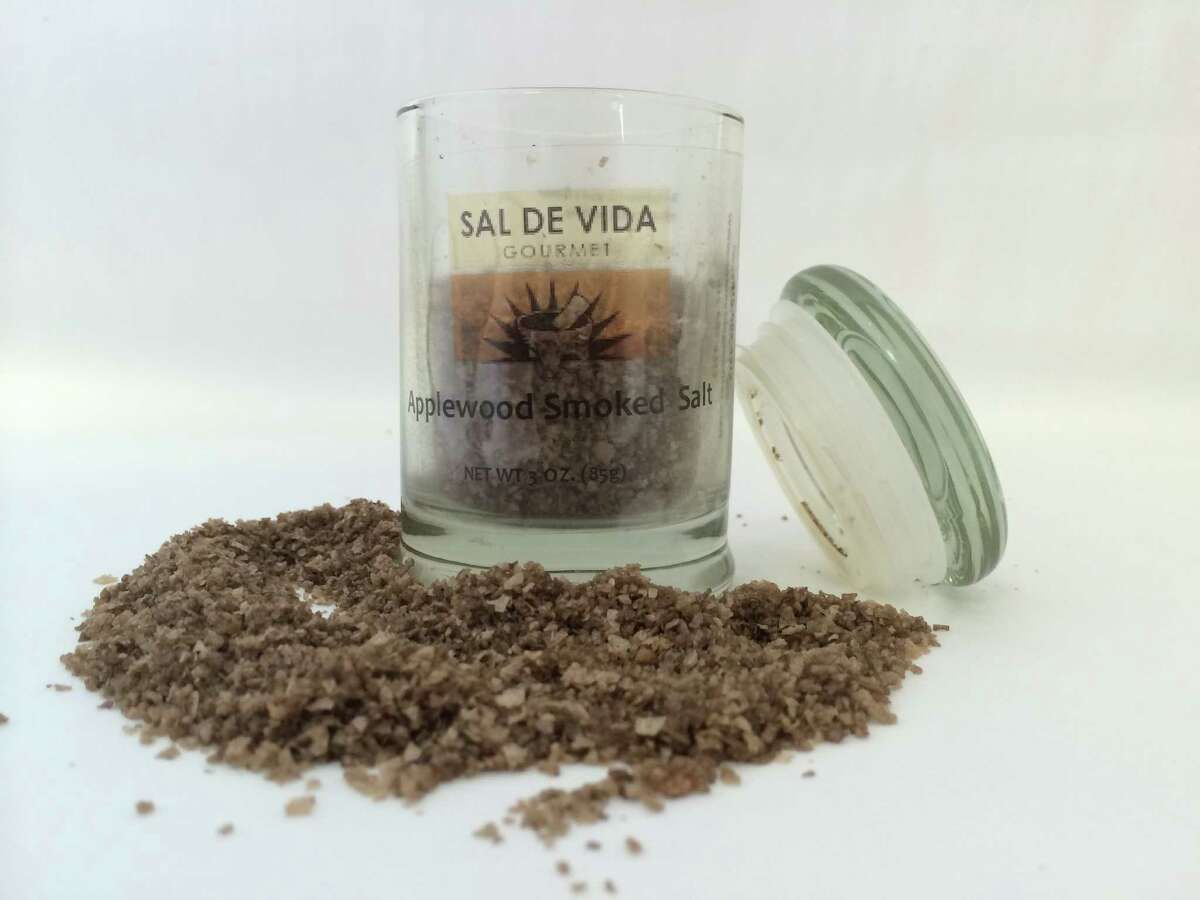 Sal de Vida Gourmet Applewood Smoked Salt