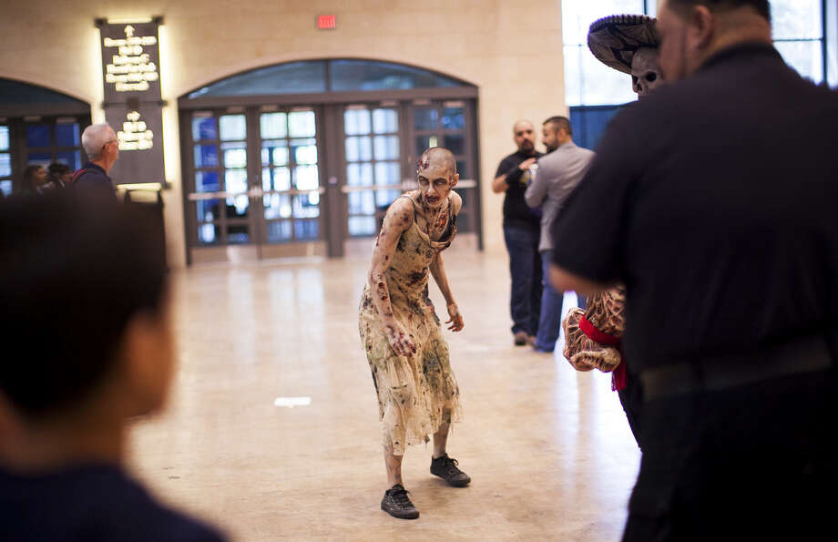Alamo city comic con strikes back san antonio express news for 13th floor haunted house san antonio
