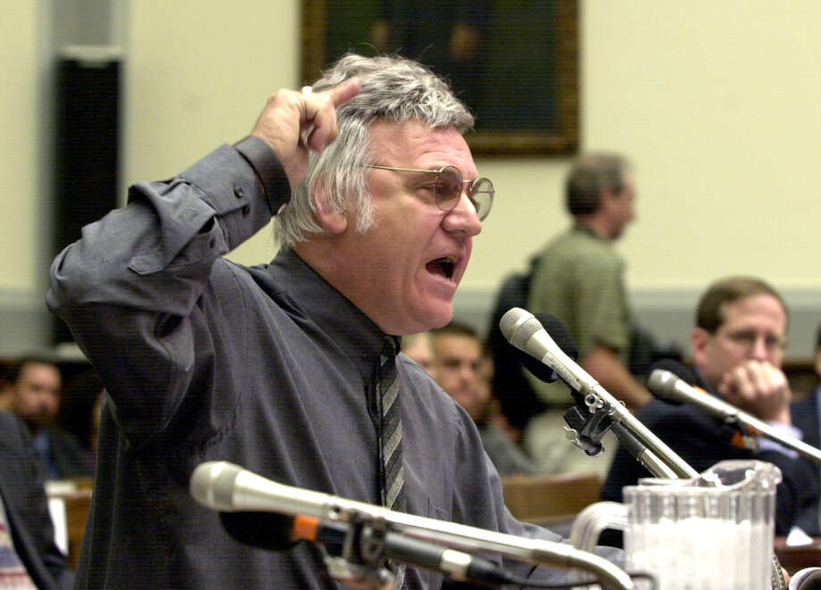 James Traficant testifies before the House Ethics Committee in 2002 as Congress considered his expulsion after his racketeering conviction. Photo: DENNIS COOK / Associated Press / AP