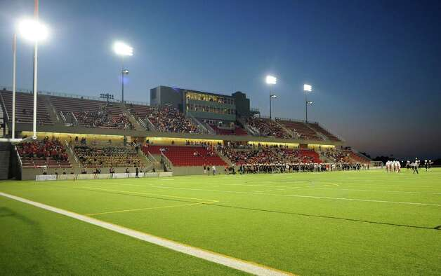 View of stadium as Rensselaer plays against Worcester during the first half of an NCCA football game on Saturday, Sept. 27, 2014, in Troy, N.Y. (Hans Pennink / Special to the Times Union) ORG XMIT: HP107 Photo: Hans Pennink / Hans Pennink
