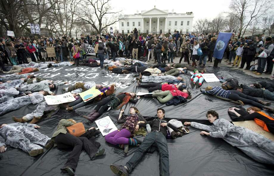Some GOP goals, such as approving the Keystone XL oil pipeline these protesters are against, could run into roadblocks such as presidential vetoes even if the Republi-cans gain control of both houses. Photo: Manuel Balce / Associated Press / AP