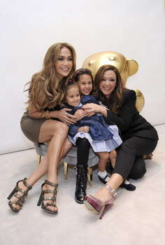 (L-R) Jennifer Lopez, Emme Anthony, Sofia Bella Pagan and Leah Remini attend the Gucci Children's Collection event on November 20, 2010 in Beverly Hills, California. Photo: Stefanie Keenan, Getty Images / WireImage