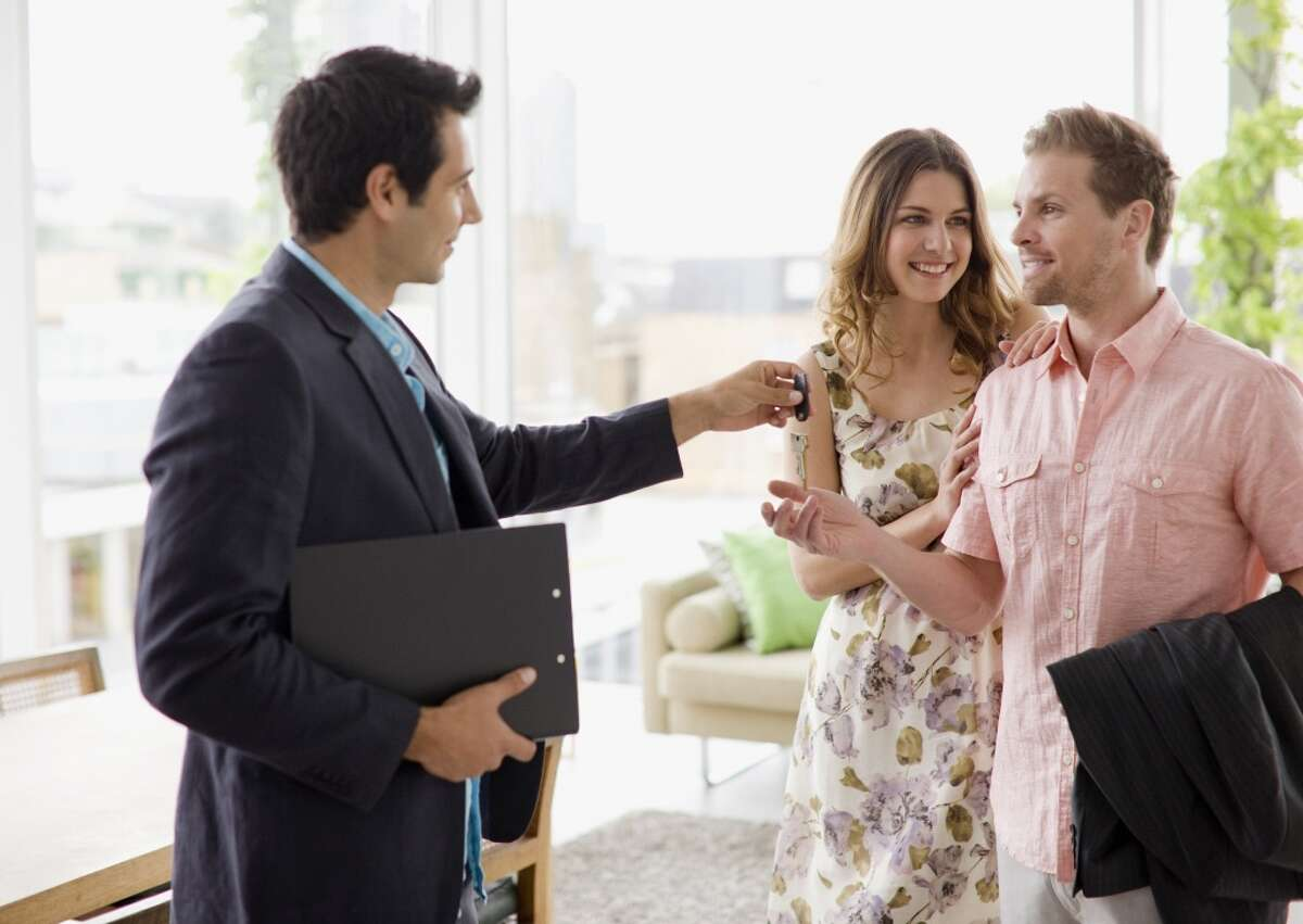 19. Real estate broker Work-life balance rating: 3.8 out of 5 |