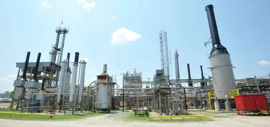 The South Hampton Resources Inc. facility is a petrochemical plant that is a manufacturer of high purity petrochemical solvents. The plant is between Kountze and Silsbee on Why 417 and is part of the Arabian American Development Co., further evidence of Southeast Texas' econiomic ties to the rest of the world. This is part of the interior structures inside the plant.  It recently had it's company's listing on the NASDAQ, but has switched to the New York Stock Exchange and the Russell 3000. Dave Ryan/The Enterprise Photo: Dave Ryan