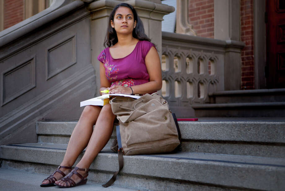 UC Berkeley political science major Disha Banik will receive $1,000 under the new program. Photo: Michael Macor / The Chronicle / ONLINE_YES