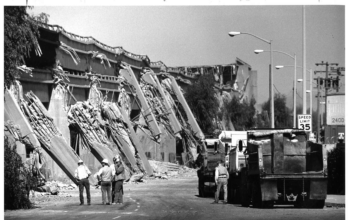 Cypress structure of Highway 880 in Oakland collapsed during the Loma Prieta earthquake in 1989.