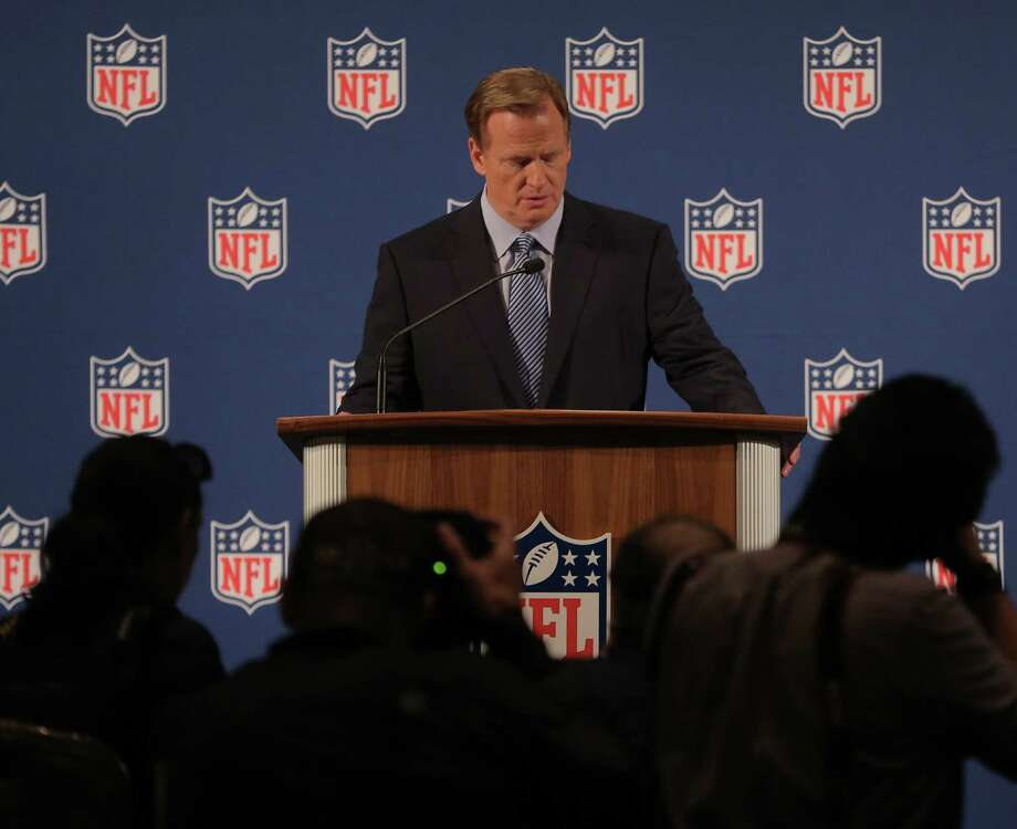 NFL Commissioner Roger Goodell recently acknowledged that the NFL and its individual teams have done a poor job of hiring women. Photo: Michael Appleton / New York Times / NYTNS