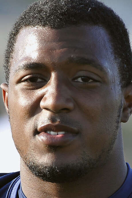 Defensive end Robert Singletary forced a fumble, but UTSA couldn't force the victory.