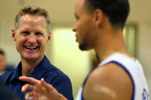 Steve Kerr guides a potent Warriors attack - Photo