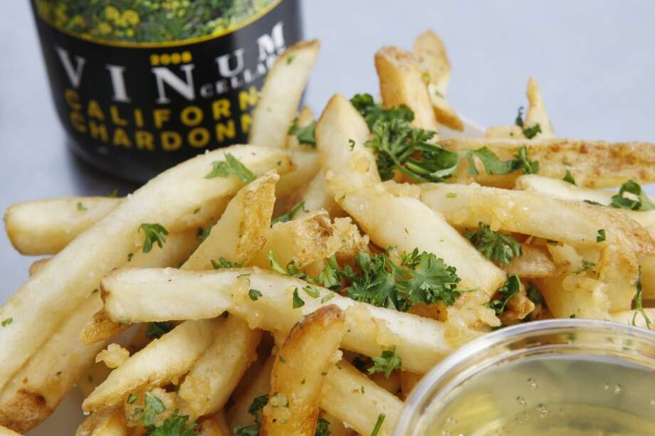 What are the most unforgettable scents of San Francisco? Garlic fries at AT&T Park may be one of best. Photo: Alex Washburn, The Chronicle