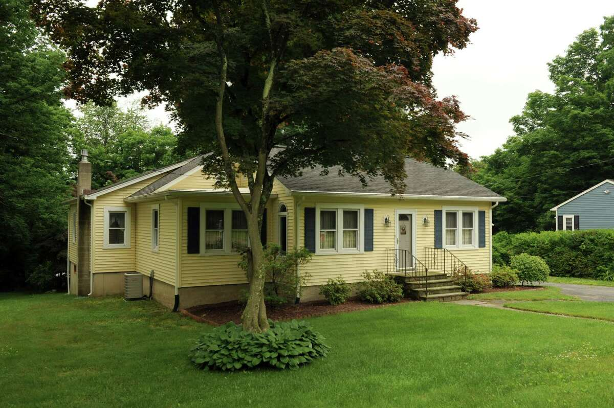 Bethel Estimated median rent price (Feb 2018): $2,188Source: Zillow*Note: Home pictured is not necessarily for rent or listed at median rent.