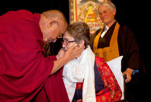 Dammann was honored by the Dalai Lama in 2009 for her work with AIDS patients at Laguna Honda Hospital.
