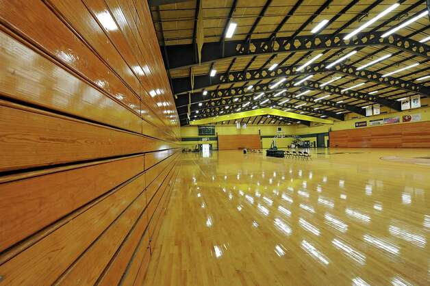 Interior of the Athletic Recreation Center at Siena on Tuesday, Sept. 30, 2014 in Loudonville, N.Y. The college is talking about renovating the gym. (Lori Van Buren / Times Union) Photo: Lori Van Buren