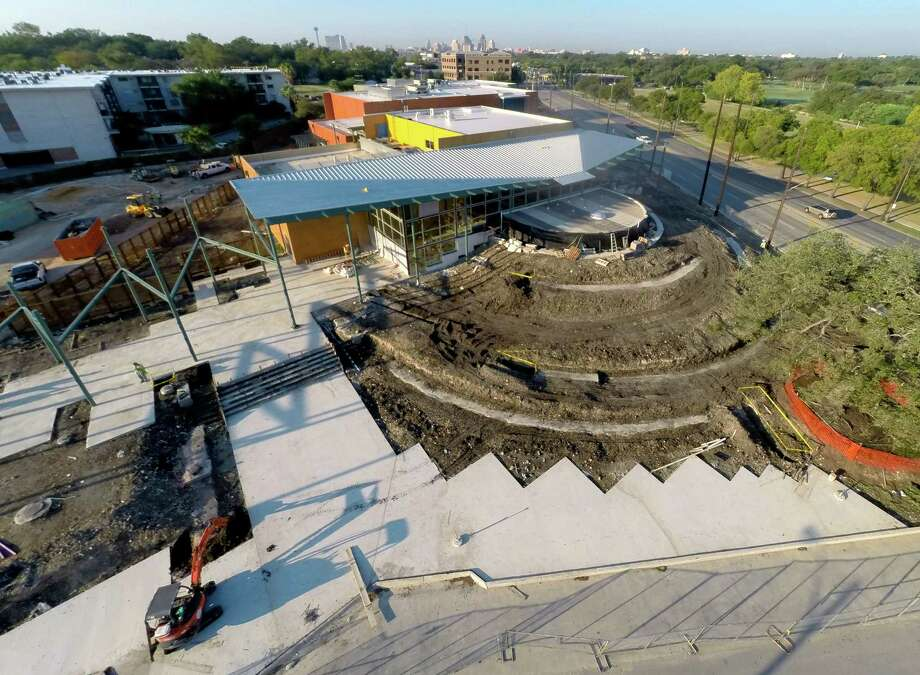 The Do Seum, the new name for the San Antonio Children's Museum is seen under construction at its new Broadway location Sept. 30, 2014 in an aerial picture taken with a quadcopter. Photo: William Luther, San Antonio Express-News / © 2014 San Antonio Express-News