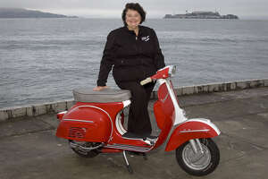 Falling in love restoring a vintage Vespa - Photo