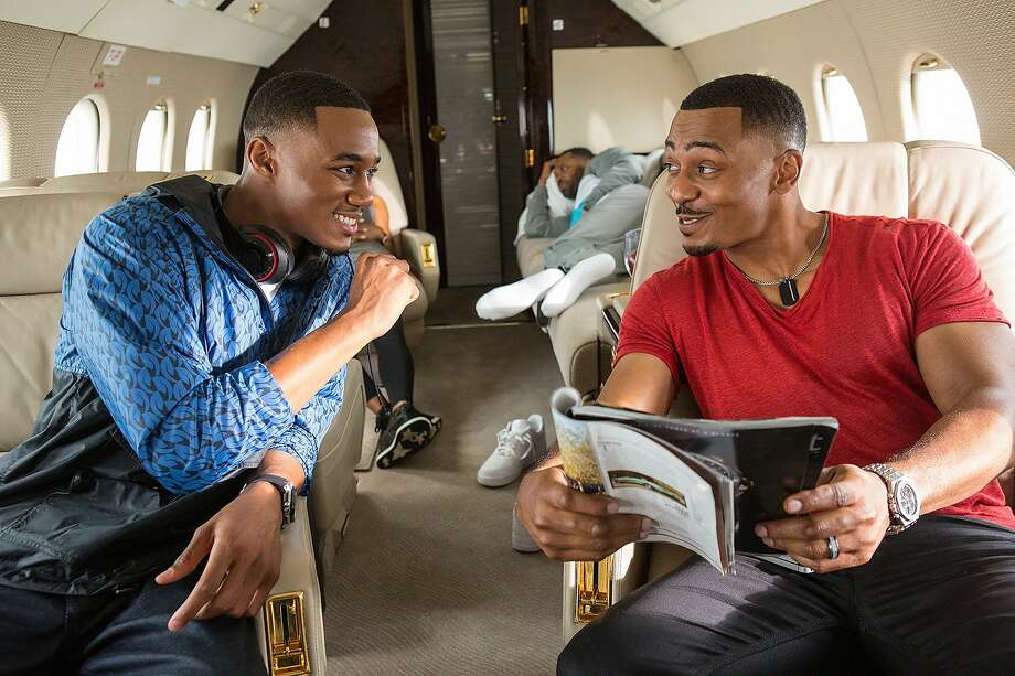 "Jessie T. Usher as Cam Calloway, RonReaco Lee as Reggie Vaughn in, ""Survivor's Remorse."" Photo: Quantrell D. Colbert, Starz"