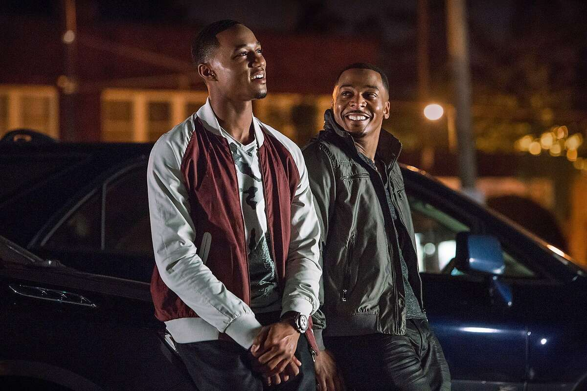 Jessie T. Usher as Cam Calloway, RonReaco Lee as Reggie Vaughn (2) in,