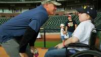 Craig Biggio hosts Sunshine Kids party at Minute Maid Park - Photo