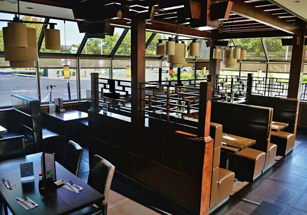Dining room Samurai Japanese Restaurant on Wolf Road Friday Sept. 26, 2014, in Colonie, NY.  (John Carl D'Annibale / Times Union) Photo: John Carl D'Annibale / 00028772A