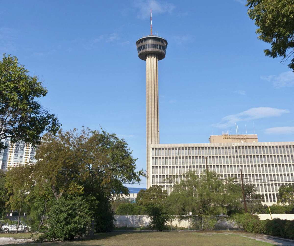 First, a little reminder of what the Tower of the Americas looks like. Here are its stats:Located: San Antonio, TexasHeight: 750 feetYear completed: 1968