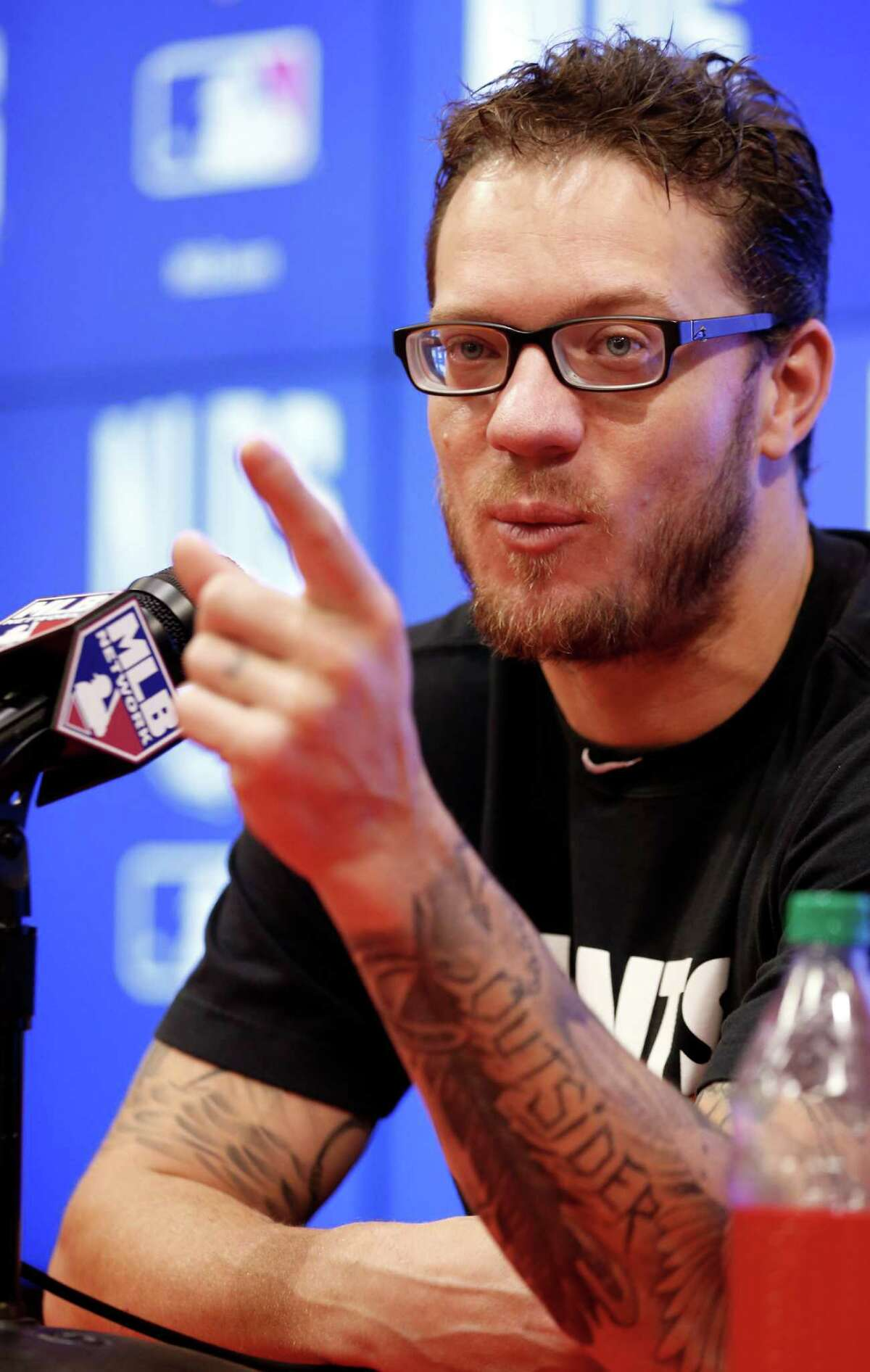 San Francisco Giants starting pitcher Jake Peavy speaks during a media availability before an MLB baseball workout at Nationals Park, Thursday, Oct. 2, 2014, in Washington. The San Francisco Giants will play the Washington Nationals in the NL Division Series starting Friday. (AP Photo/Alex Brandon)