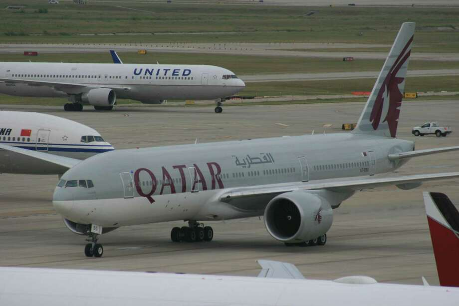 Qatar Airways at Bush Intercontinental Airport in August 2014. (Bill Montgomery / Houston Chronicle)