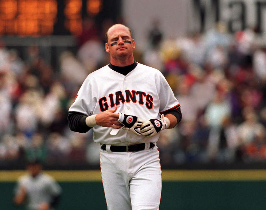 Giants third baseman Matt Williams closes his eyes after flying out in the eighth inning in a losing effort to the Colorado Rockies in 1994. Photo: Chris Stewart, The Chronicle / Chris Stewart
