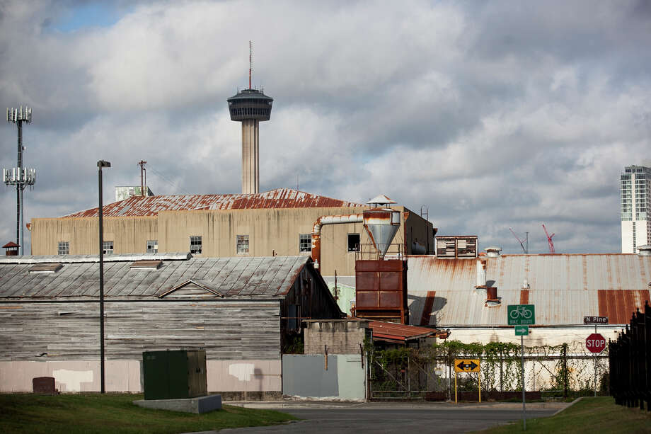 Numerous structures on the East Side, such as the Friedrich Building, need to be redeveloped. Economic initiatives, including the federal government's Promise and Choice Neighborhood grants, are steps in the right direction. Photo: Express-News File Photo / Julysa Sosa For the San Antonio Express-News