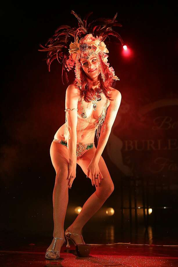 Visions of Weimar:The artist La Rubinia performs on stage during the Berlin Burlesque Festival at Heimathafen Neukoelln. Photo: Christian Marquardt, Getty Images