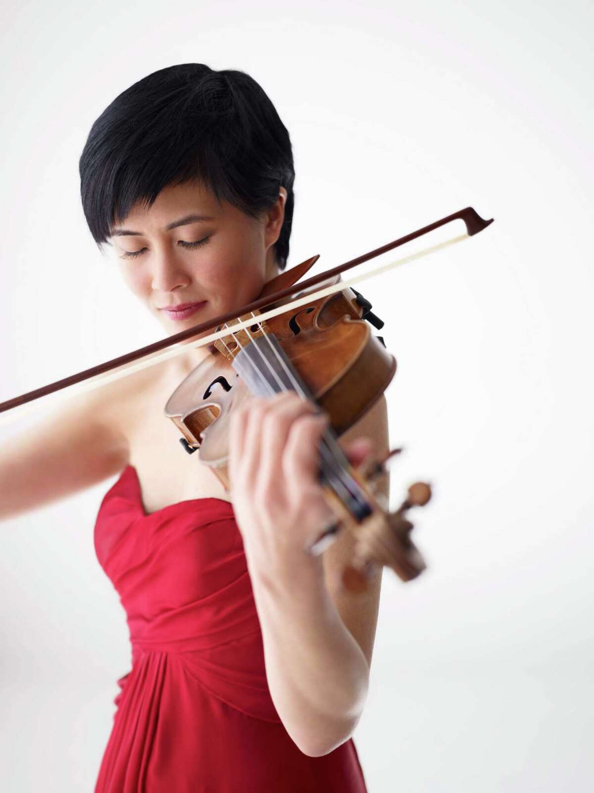 Violinist Jennifer Koh was the soloist on Sibelius concerto.