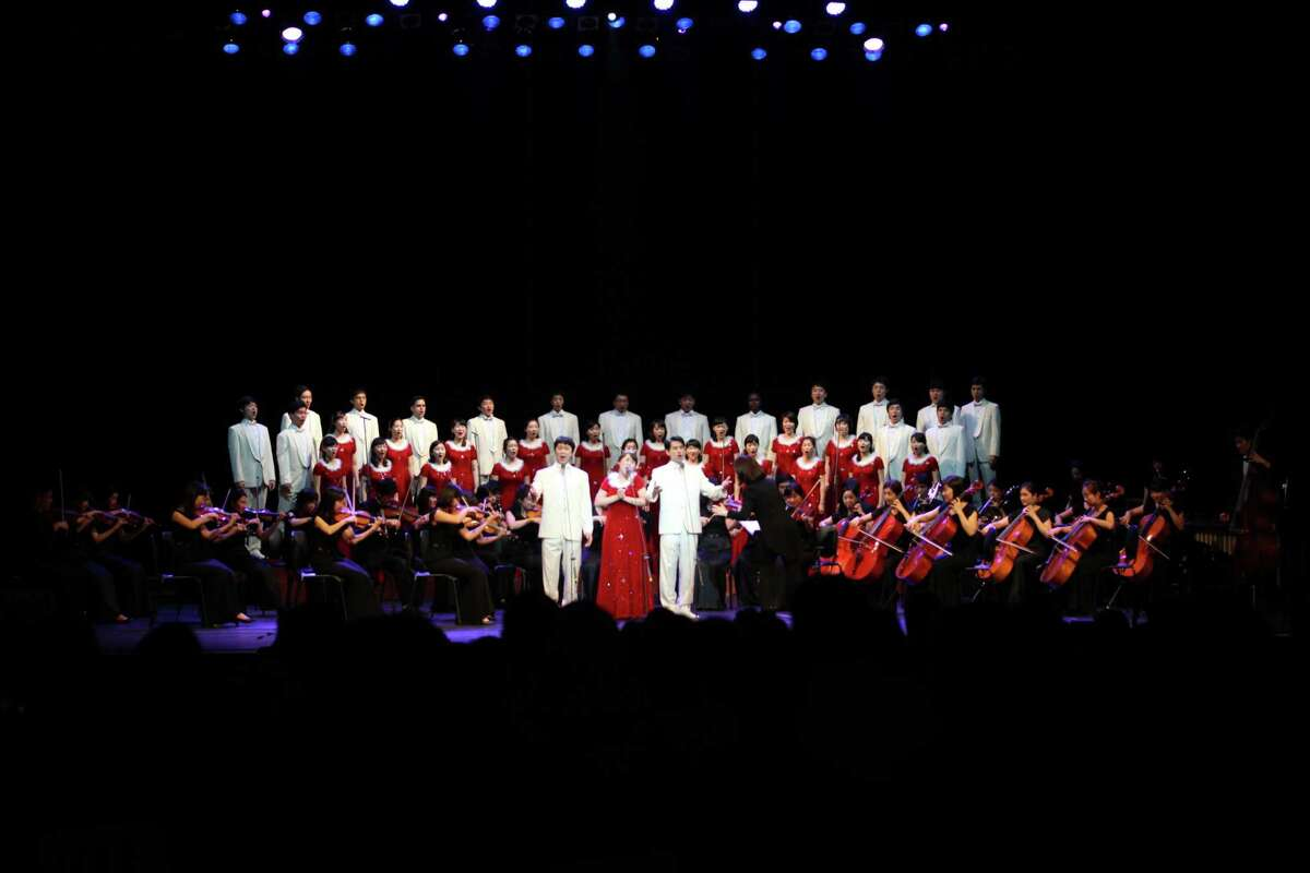 The Gracias Choir will perform at the Hobby Center for teh Performing Arts.