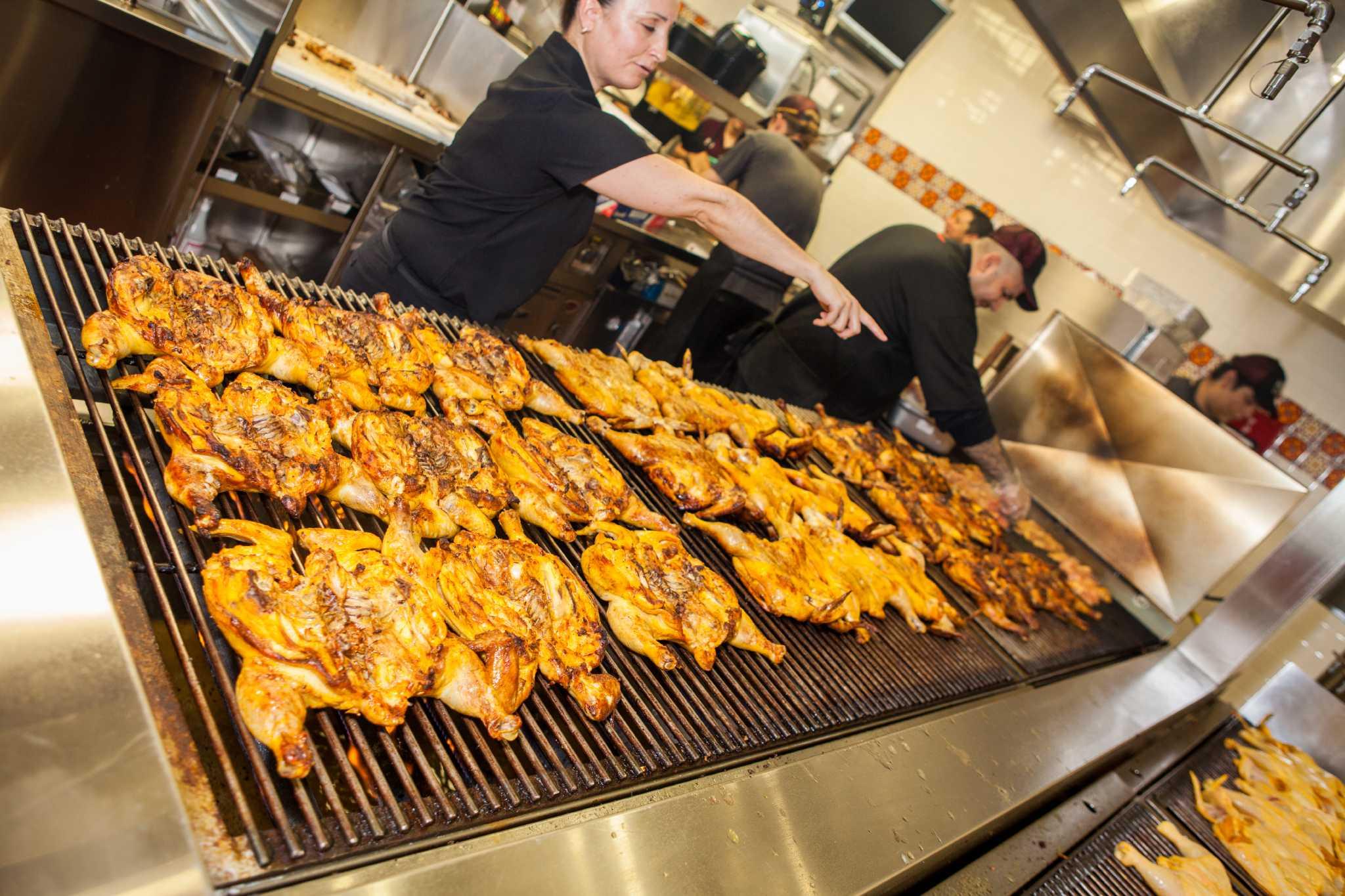 Oct 20, · El Pollo Loco, San Antonio: See 12 unbiased reviews of El Pollo Loco, rated of 5 on TripAdvisor and ranked #3, of 4, restaurants in San Antonio/5(11).