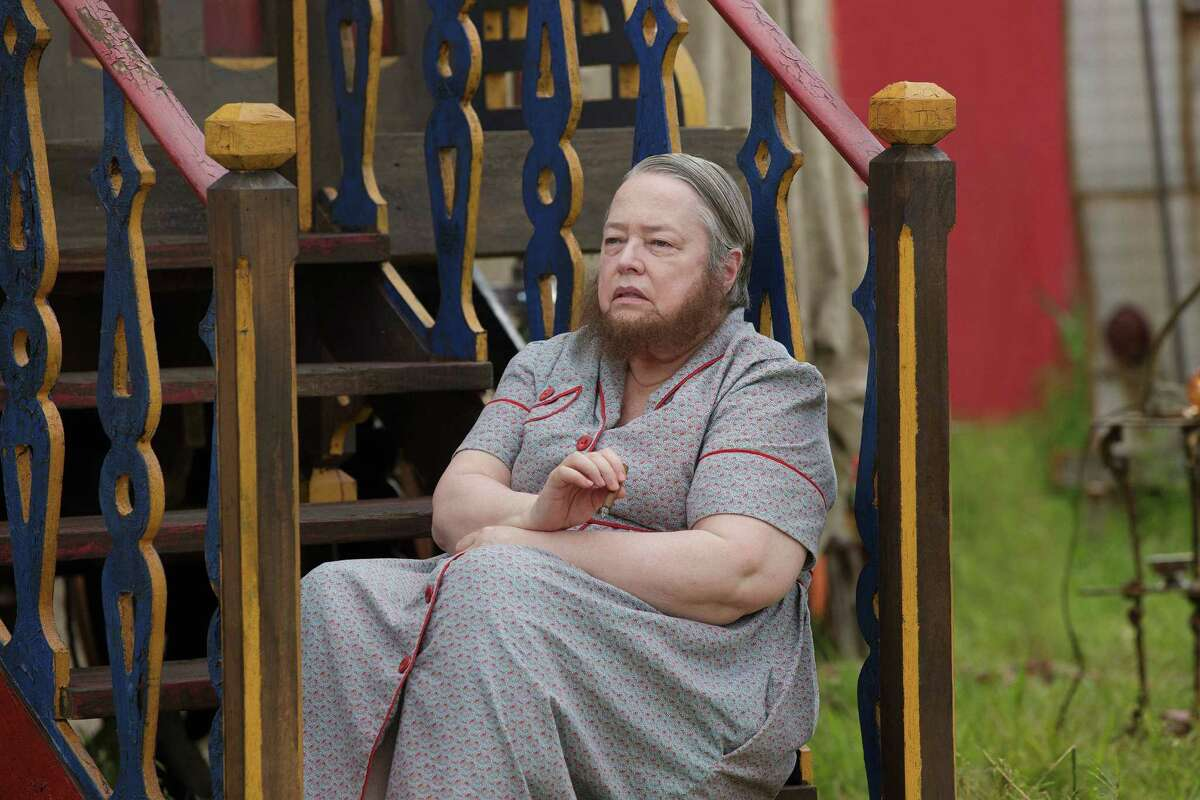 """Even masterful Kathy Bates, as the bearded lady, has a hairy time with the substandard script in """"American Horror Story: Freak Show."""""""