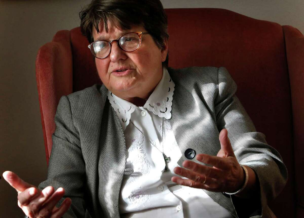 Sister Helen Prejean is among activists who are hoping to convince Gov. Rick Perry to release the terminally ill killer of three young men.