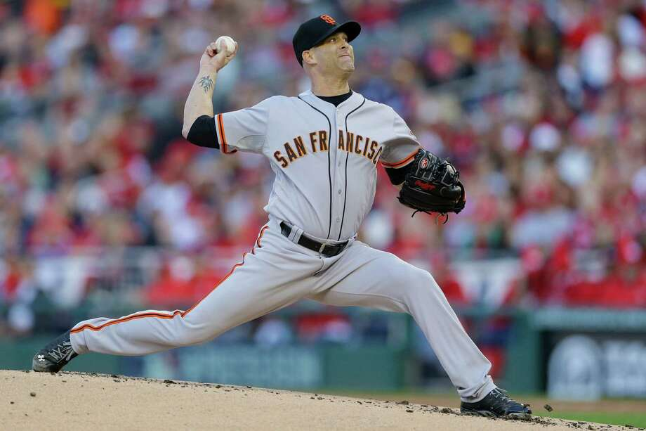 Tim Hudson, in the first League Championship Series of his long career, is expected to get the start in Game 3 on Tuesday. Photo: Patrick Semansky / Associated Press / AP
