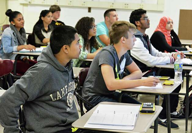 Students in a trigonometry class at Schenectady High School Thursday Sept. 25, 2014, in Schenectady, NY.  (John Carl D'Annibale / Times Union) Photo: John Carl D'Annibale / 00028753A