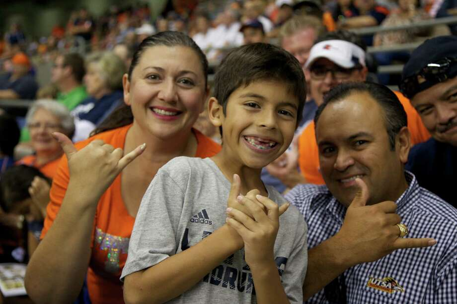 mySpy UTSA photos from Saturday Oct. 4, 2014 Photo: XELINA