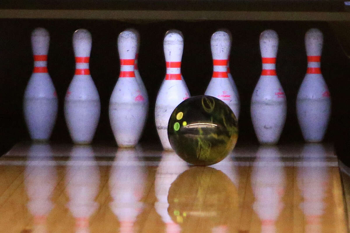 Support the Big Brothers Big Sisters of the Capital Region at Bowl for Kids' Sake 2016. When: May 6th, 5pm-9pm. Where:Spare Time,1668 U.S. 9, Clifton Park andBoulevard Bowl,1315 Erie Blvd, Schenectady. Click here for more information.