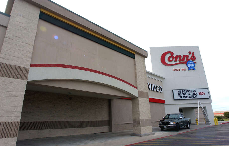 Conn's has experienced an increase in delinquent-credit customers. That has led officials to consider spinning off its credit division, trim the number of future stores or even sell The Woodlands-based company. Photo: Express-News File Photo / SAN ANTONIO EXPRESS-NEWS