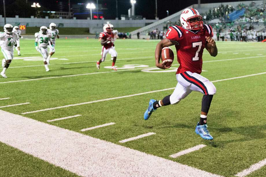 Lamar's Tyreik Gray returns a kickoff for a touchdown during the third quarter against Brenham at  Delmar Stadium, Friday, Aug. 29, 2014, in Houston. ( Smiley N. Pool / Houston Chronicle ) Photo: Smiley N. Pool, Staff / © 2014  Houston Chronicle
