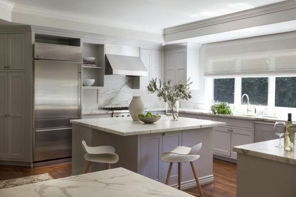 In Mead Quins Latest Atherton Project The Kitchen Was Reinvented With A Palette Of Gray
