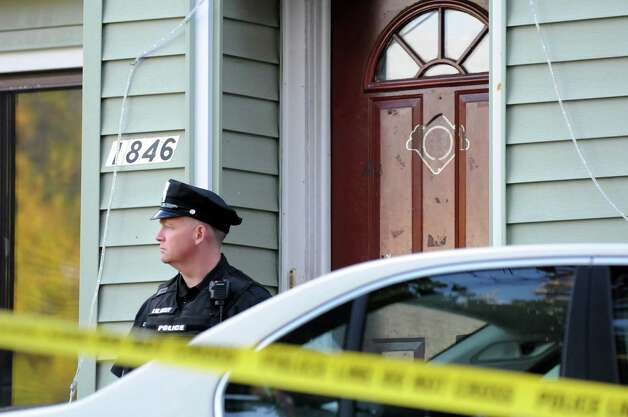 Scene of a quadruple homicide at 1846 Western Ave. on Wednesday, Oct. 8, 2014, in Guilderland, N.Y. (Cindy Schultz / Times Union) Photo: Cindy Schultz / 10028968A