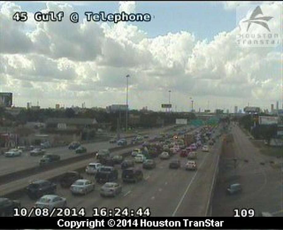 A three-vehicle accident in the northbound lane of the Interstate-45 Gulf Freeway is hampering traffic coming into downtown. Photo: Houston TranStar